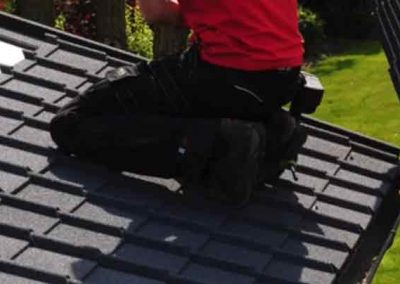 replacing roof for a home